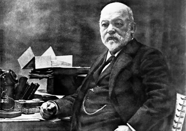 Gottlieb Daimler - Erfinder des Automobils